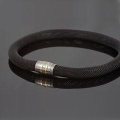 Collier 'Milanetic', 14 mm zwart, met grijs titanium en geelgoud